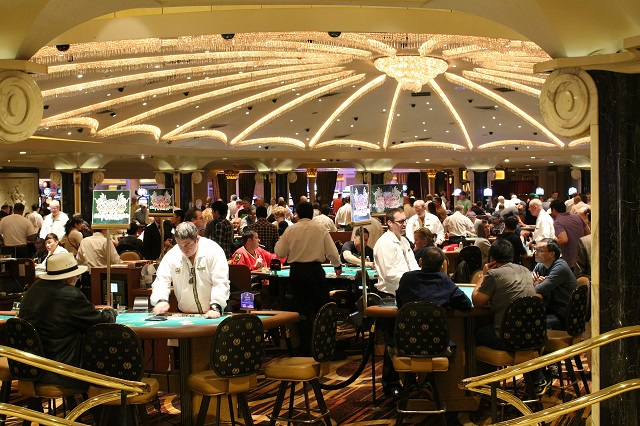 How you can properly control yourself in a casino